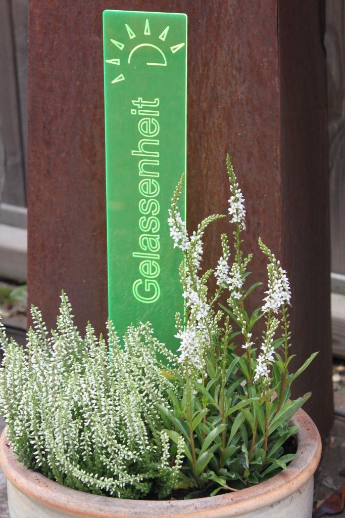 sunart DenkMal No. 02s Gelassenheit zuversichtlich grün